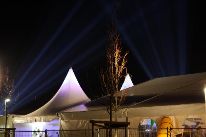 pagodendach-beleuchtet